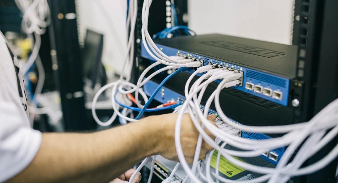 インターネット回線(Wi-Fiがあればなおよし)